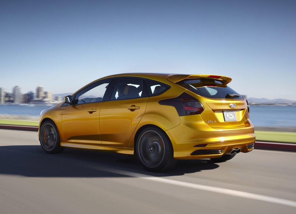 2012 Ford Focus St The Hot Hatch Is Back Urbasm