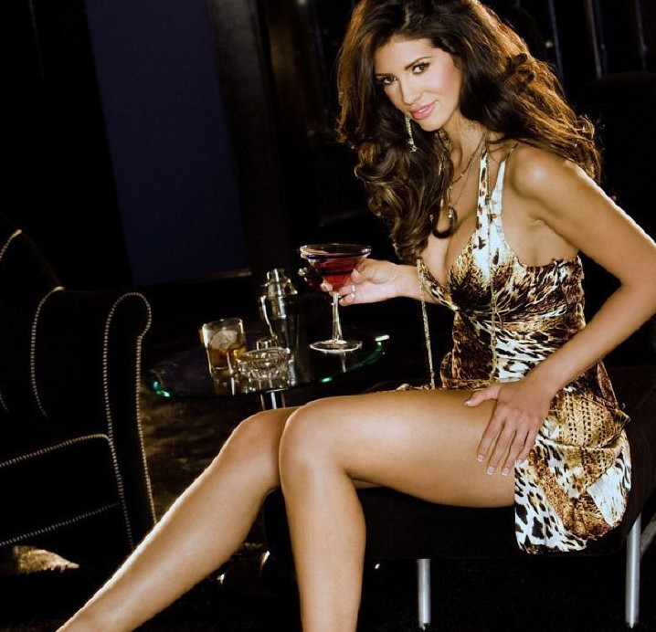 Hope Dworaczyk got gold dress