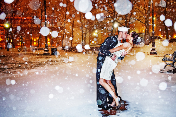 New-Years-Eve-Kiss-Michelle-Carpenter