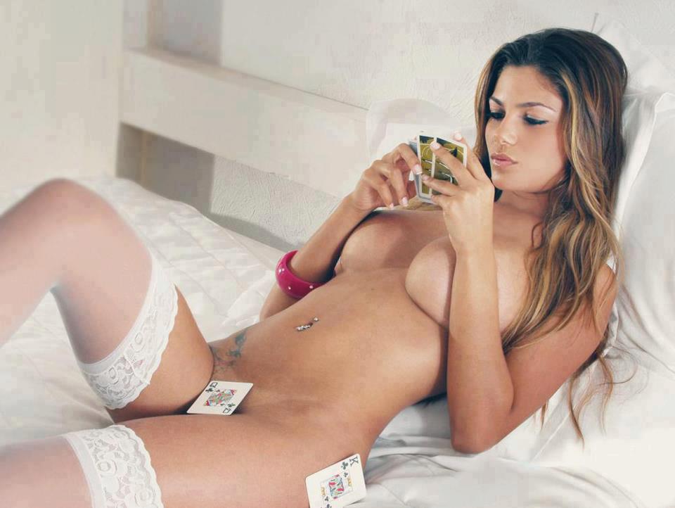 naked woman busty ass