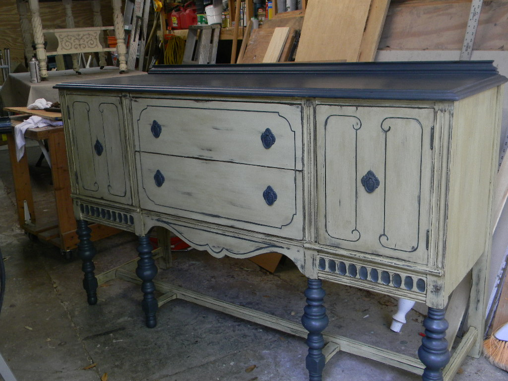 The style of worn faded and distressed urbasm for Distressed furniture