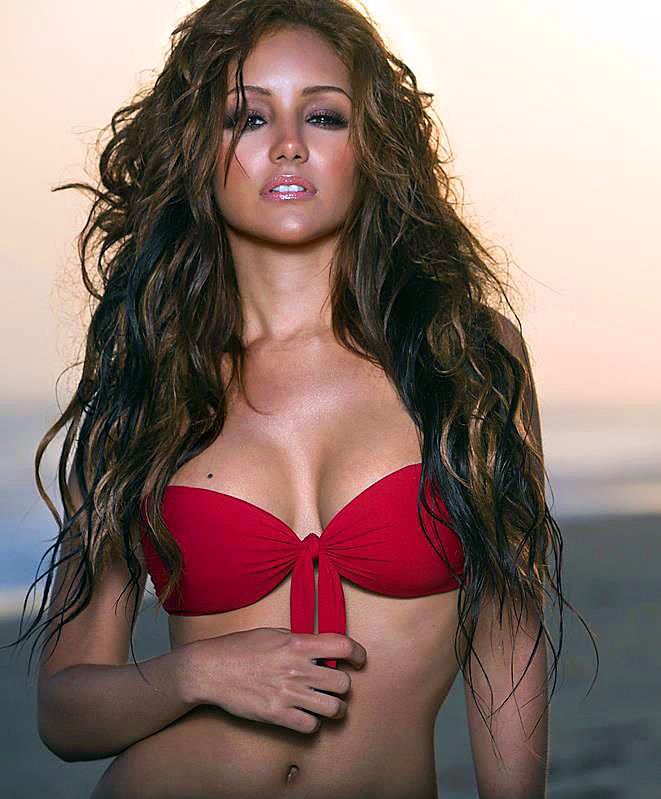 We Love Melanie Iglesias - Urbasm