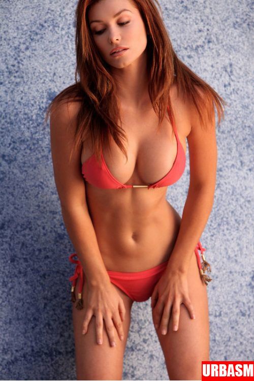sexy-redheads-bikini-hot