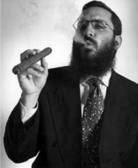 Rabbi-Shmuley-boteach-cigar