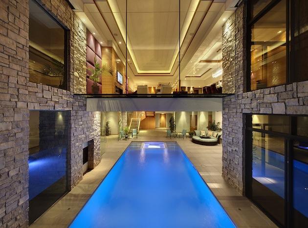 Bachelor-pad-swimming-pool-5