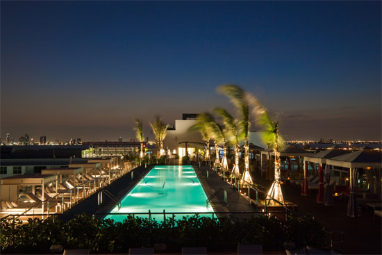 Plunge rooftop bar - Miami