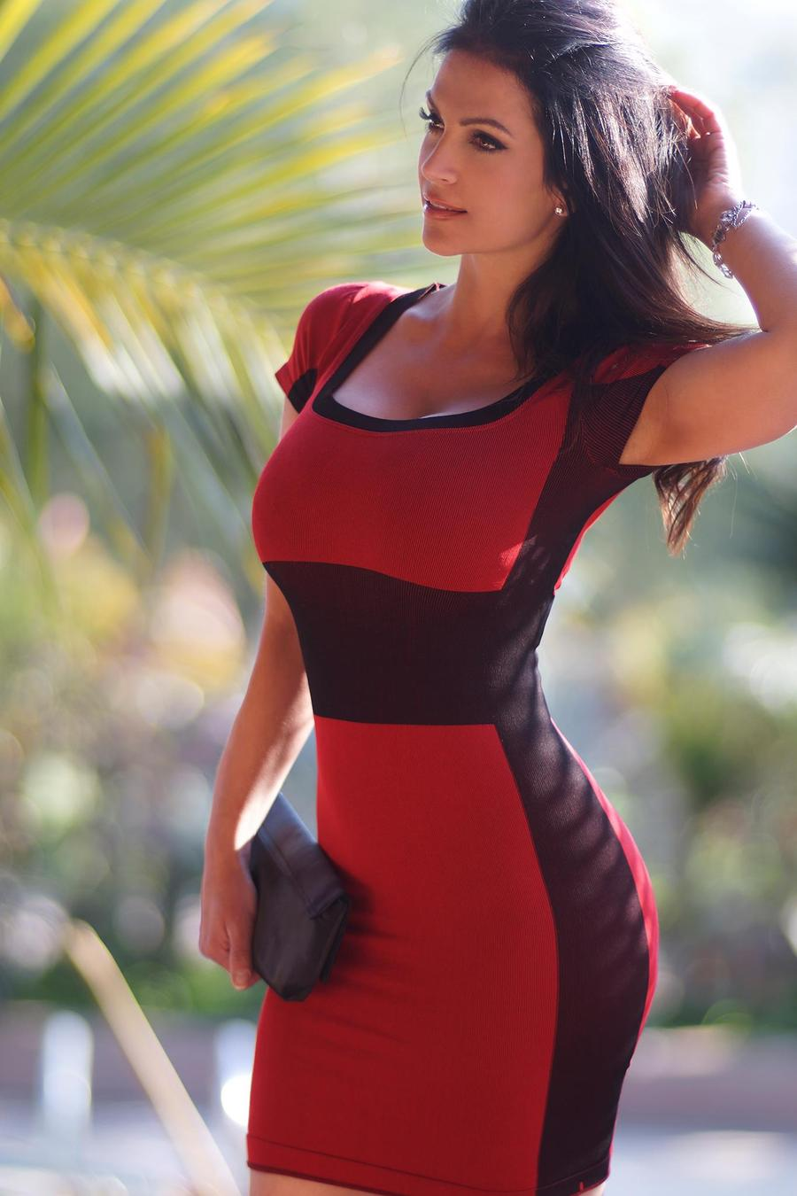 denise milani in a dress - photo #18