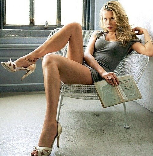 Can women with beautiful legs shoulders