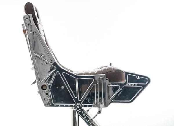 hangar-54s-ejector-seat-bar-stool_6
