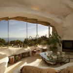 Hobbit Huts Become New Luxury in Home Design