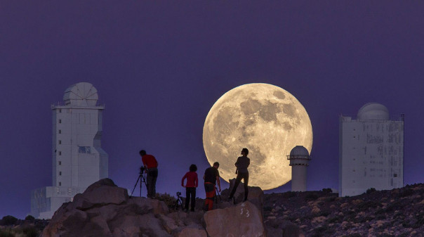 A view of the Supermoon in the Canary Islands, August 10