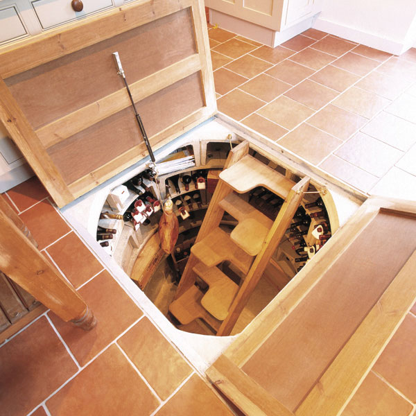 Awesome wine cellars for small spaces urbasm for Home wine cellar design ideas