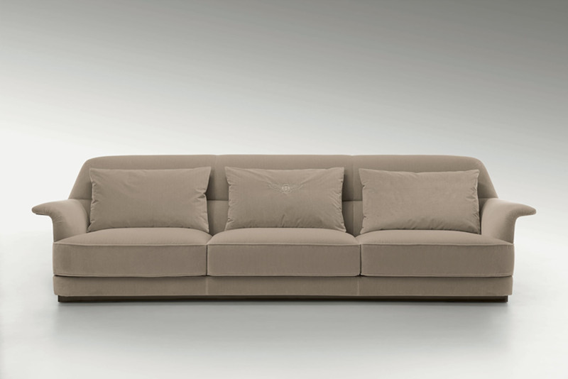 Bentley_Winchester_sofa