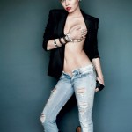 Miley Cyrus - hand bra