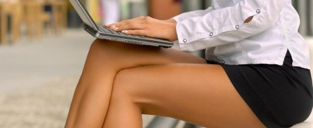 businesswoman-laptop-erythema-ab-igne