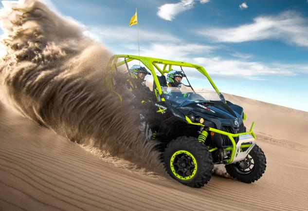 2015-Can-Am-Maverick-X-ds-Turbo-Action-01