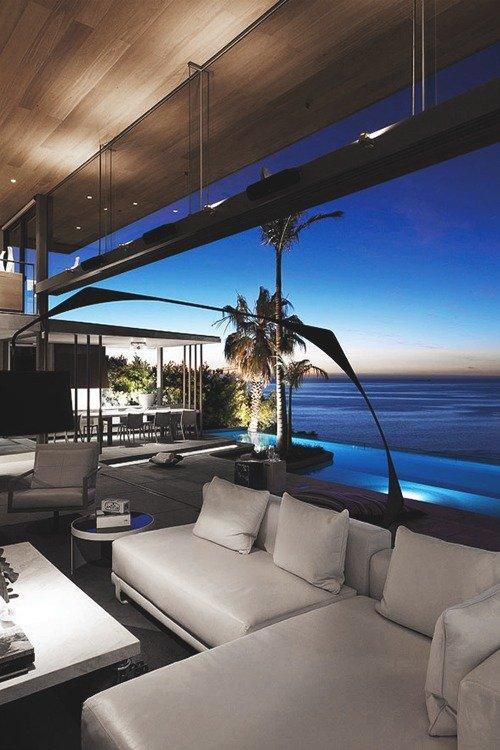 Man's Lounge 4