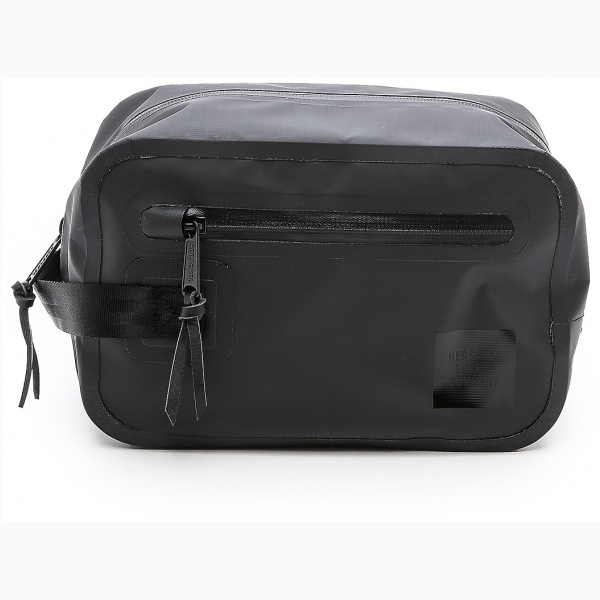 herschel-supply-co-studio-chapter-travel-kit