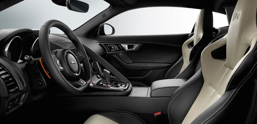 Jaguar F Type - interior