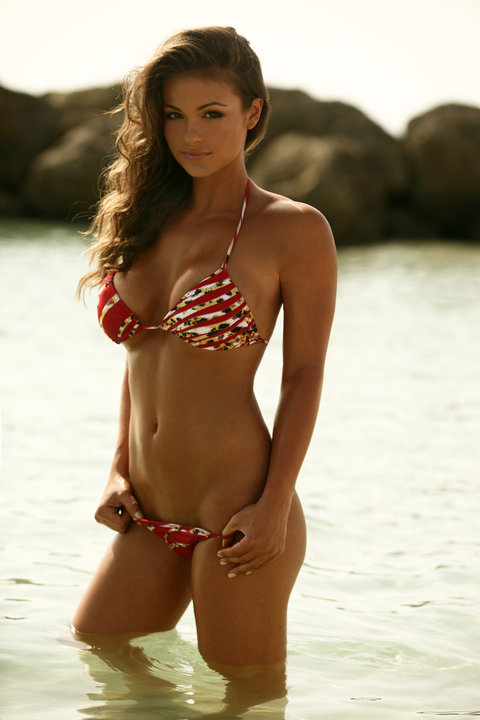 Gorgeous bikini hottie