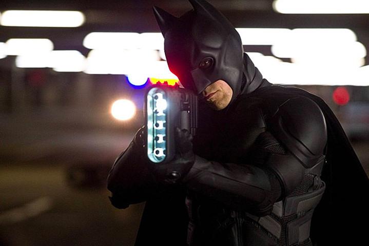 Batman-gadgets-gun