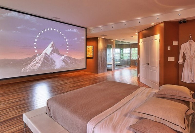 Home-Theater-In-A-Bedroom