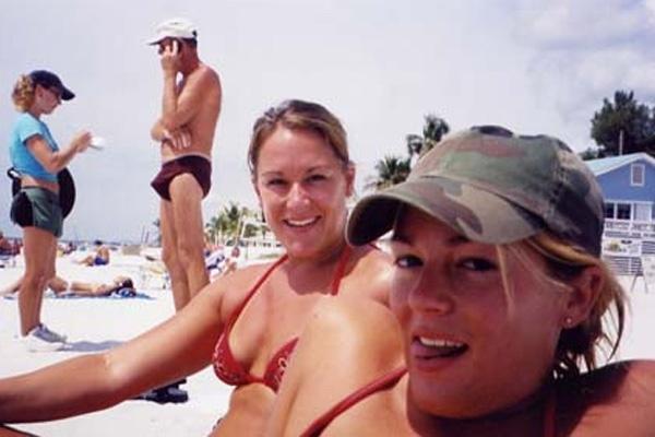 beach photobomb