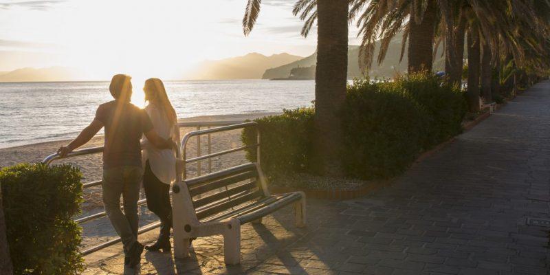 couple dating - sunset