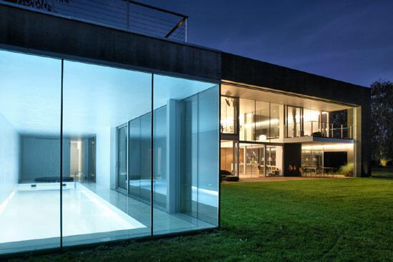 zombie-safe-house-photograph