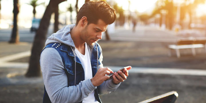 How Often Should You Text A Guy You Are Dating