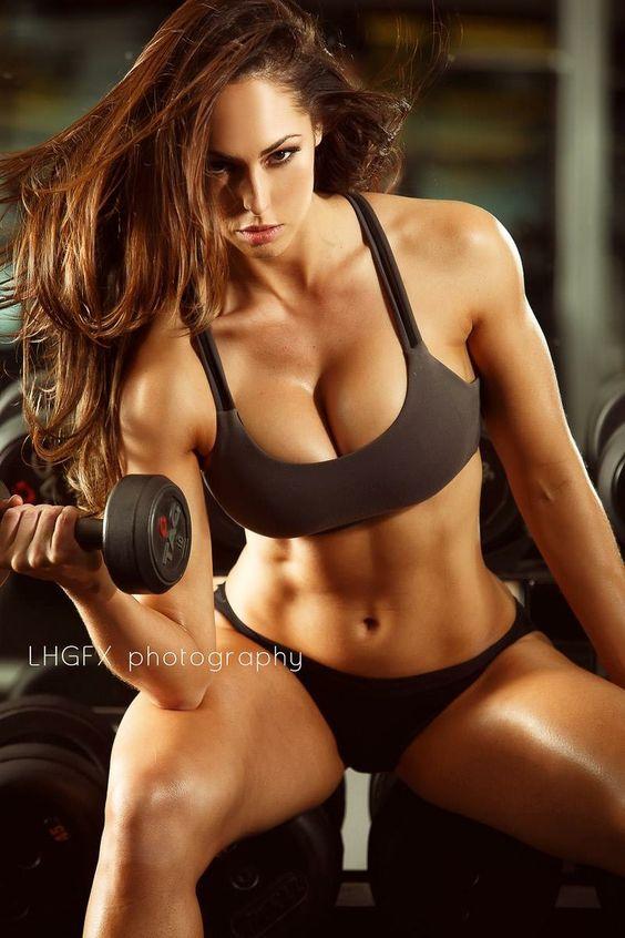 Hope Beel fitness model