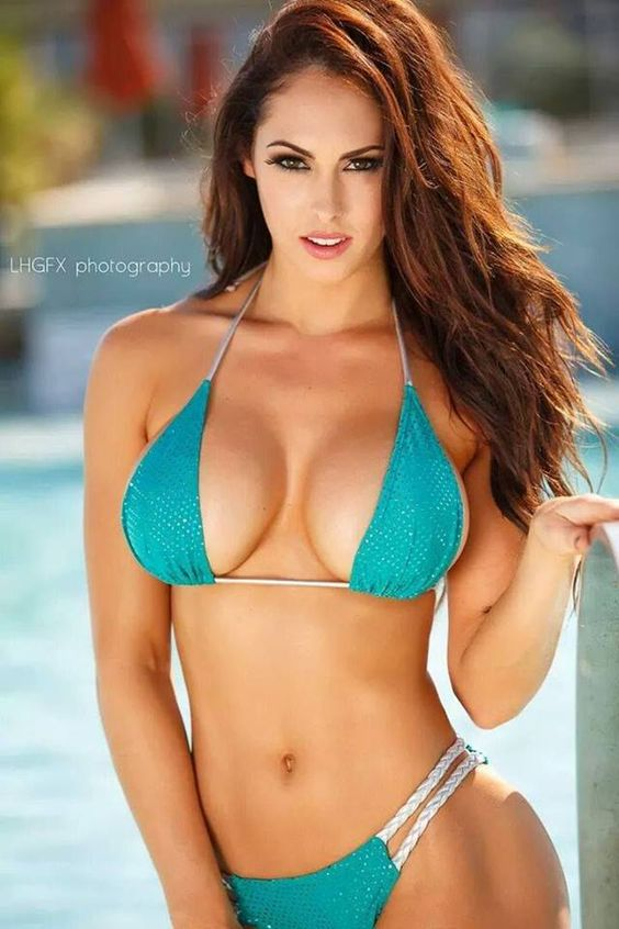 Hope Beel green bikini