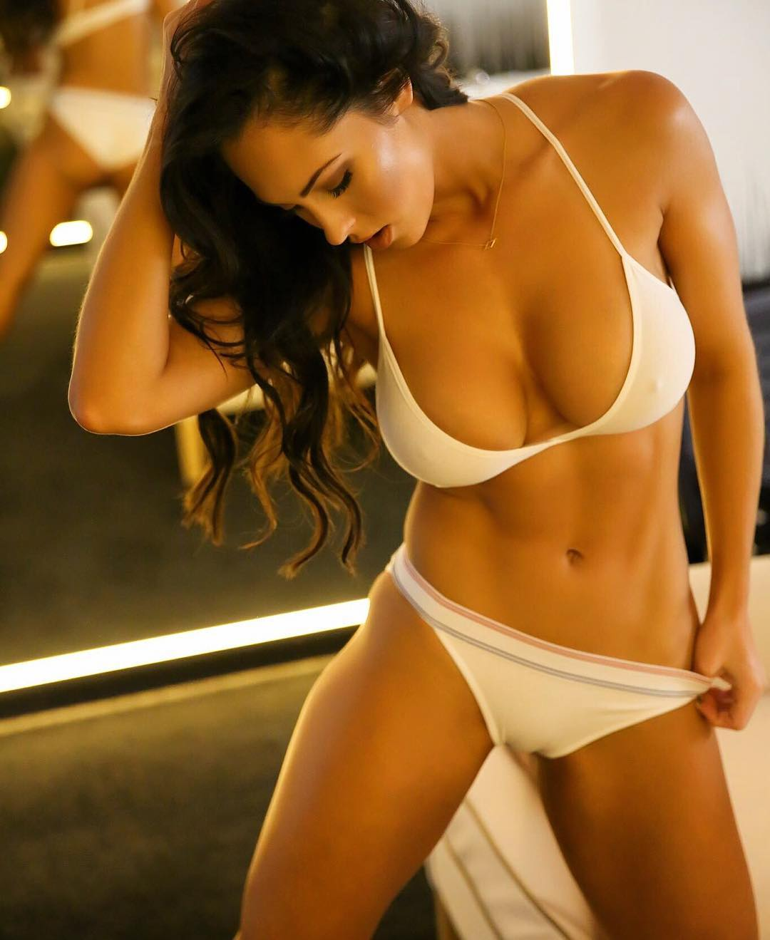 hope beel hot