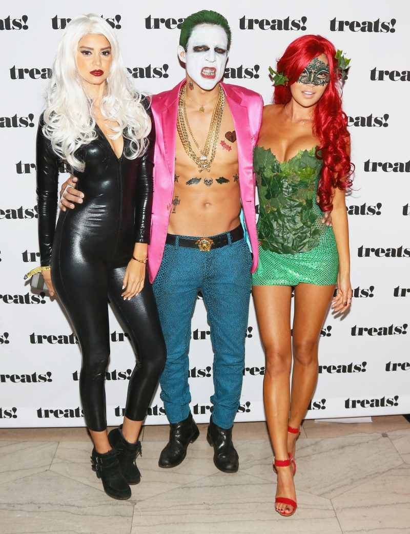 LOS ANGELES, CA - OCTOBER 29: Guests attend Trick or treats! - The 6th Annual treats! Magazine Halloween Party Sponsored by Absolut Elyx on October 29, 2016 in Los Angeles, California. (Photo by Gabriel Olsen/WireImage)