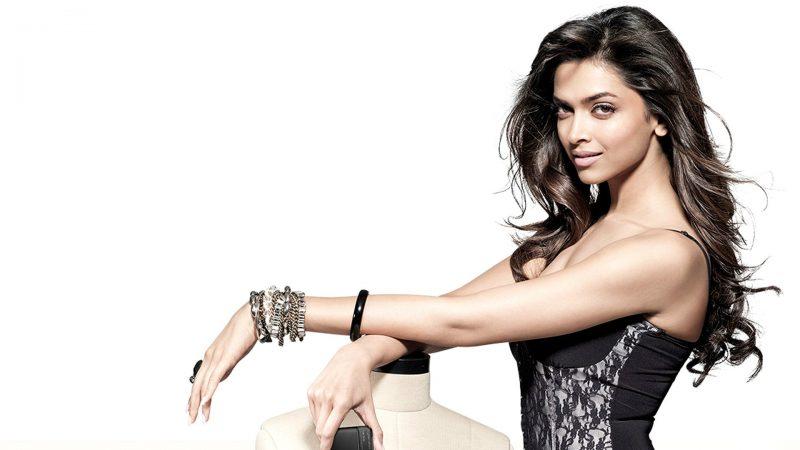 deepika-padukone-sexy-actress