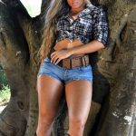 hot blonde- ountry girl - jean shorts