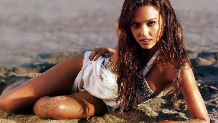 50 Hottest Women MostGuys Fantasized About Growing Up