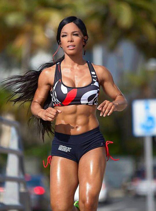 40 Favorite Hot Fitness Models on Instagram - Urbasm