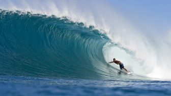 Man Travels – The Way of the Surf